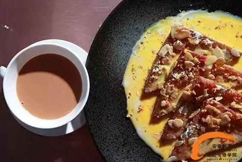 [吃遍世界]之印度面包布丁 除了咖喱他们还有甜点