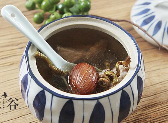 石斛炖瘦肉汤