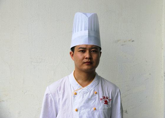 许光亮 一个90后厨师长的华丽人生转变