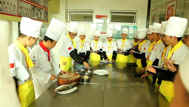 安徽新东方烹饪学校学费表图片
