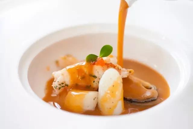 鳌虾海鲜汤
