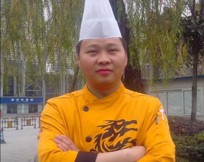 【名厨进校园】大喜川菜厨师长赖小东将来校讲学