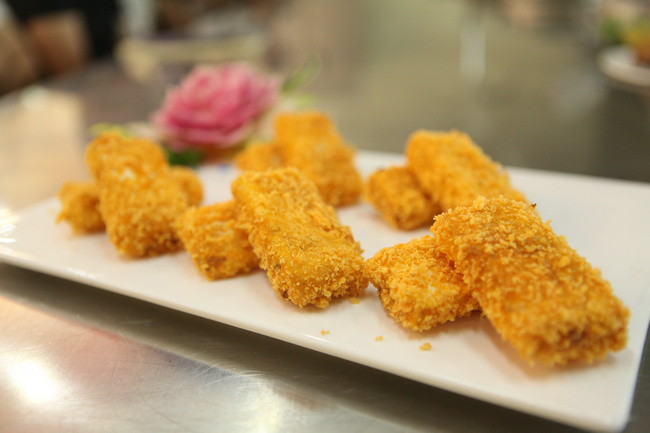 【共享课堂】:好吃到飞起的香酥水果夹&巧手酸菜鱼