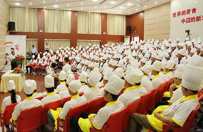 安徽新东方2017校企合作定向班签约仪式盛大开启