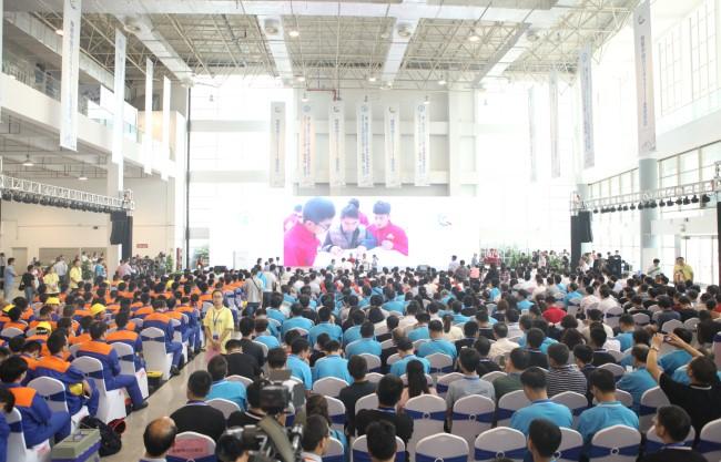 技能盛宴·惊艳全城—新东方烹饪亮相2017技能中国行