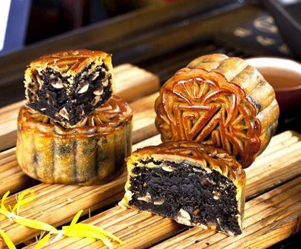 中秋月饼做法之黑芝麻馅月饼