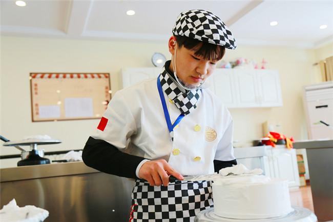 【新生故事】王灿宝:15岁开启了自己的逐梦之旅