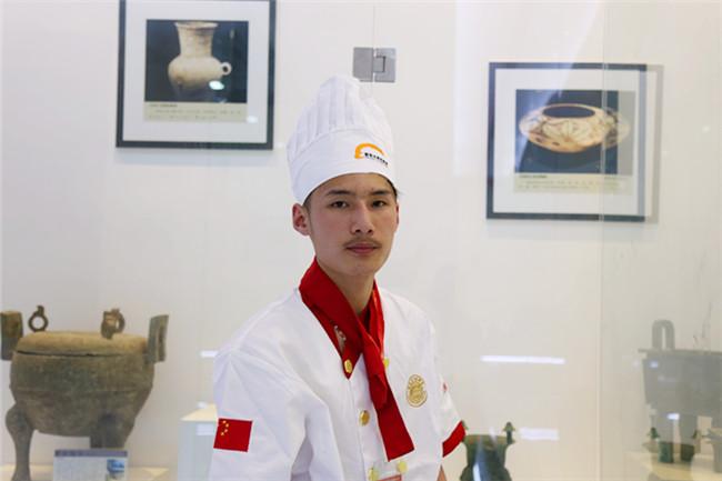 【新生故事】赵春亮:从叛逆男孩走向学厨之路