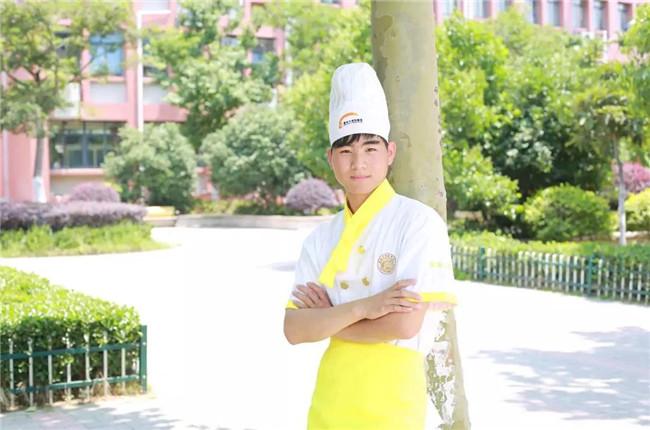 【新生故事】戴首龙:又一位怀揣梦想的转学生