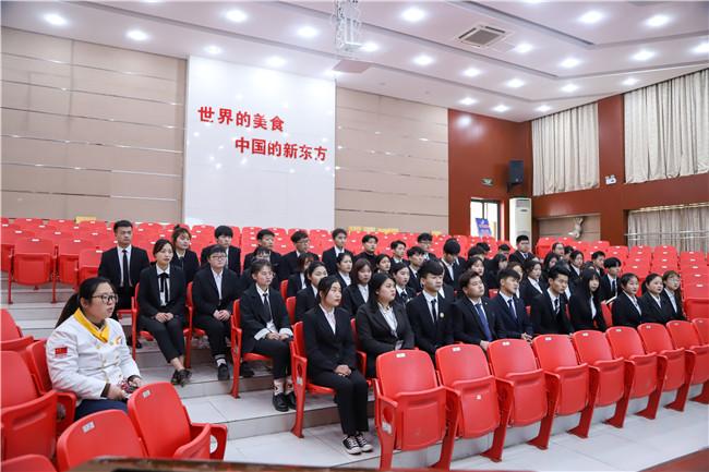 上海吉茶餐饮管理有限公司来我校招聘人才!