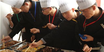 安徽新东方双十二美食嘉年华,学厨嗨吃两不误!