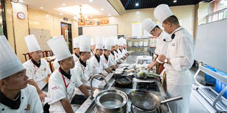 刘光明大师:成功之路没有捷径可走,厨艺千锤百炼才为精