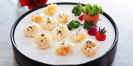 【校企主厨进校园】合肥庐州太太主厨来校为中餐学子授课
