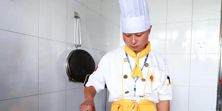 【新生故事】邓成浩:当云南男孩遇上安徽新东方……