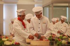 到安徽新东方学厨师学费多少钱?