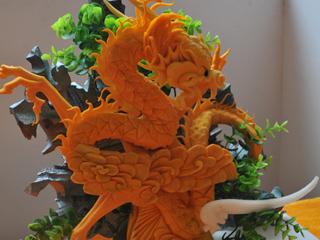 第二届新东方杯烹饪大赛雕刻组铜奖--龙腾盛世