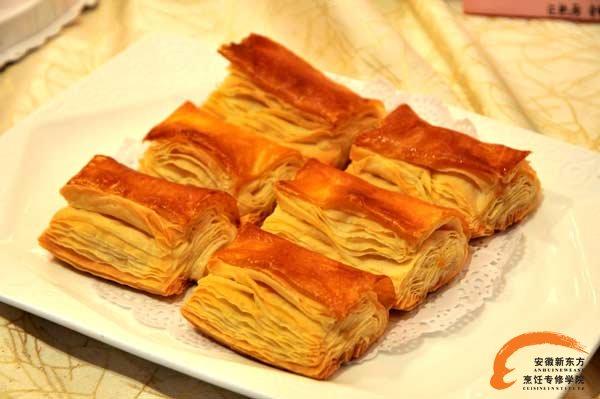 制作面包的材料; 丹麦面包花样;